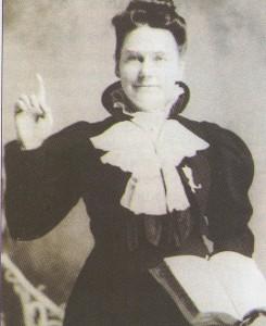 Maria in preaching pose